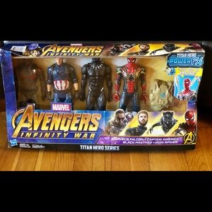 New Marvel Avengers Titan Series 5 piece power fox